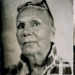 Franck Rondot Photographe   019   alternative  ambrotype  collodion  full plate  humide  portraits  scann  verre